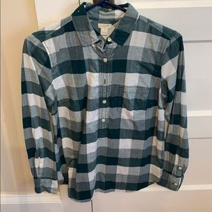 JCrew factory plaid popover with buttons